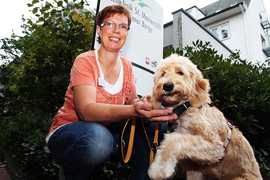 Tiergestützte Therapie Hund Jano
